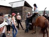 СМОТРЕТЬ ВСЕМ!!! Как нужно сидеть на лошади.